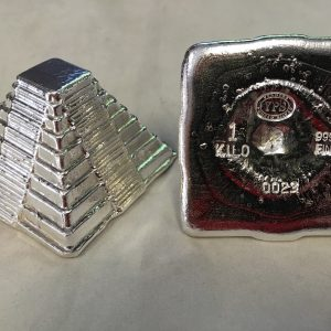 1 KG YEAGER'S POURED SILVER KILO AZTEC PYRAMID